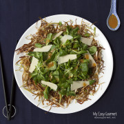 Valeriana and leek crisps salad