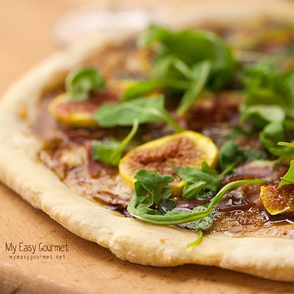 Figs and Prosciutto pizza