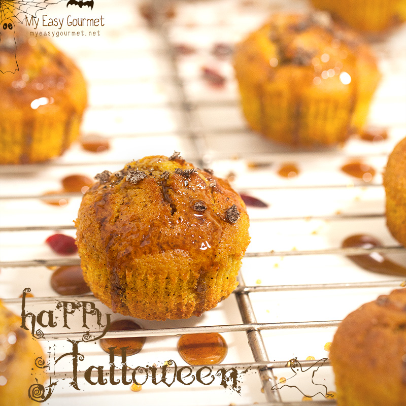 Cranberry Pumpkin Muffins with Salted Caramel