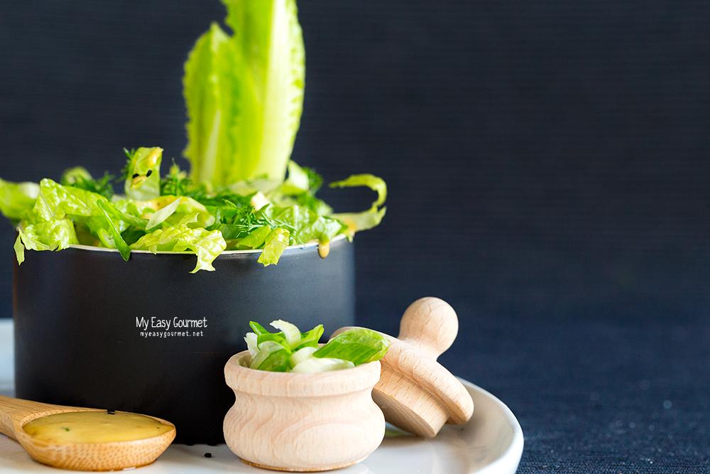Classic Romaine Lettuce Salad