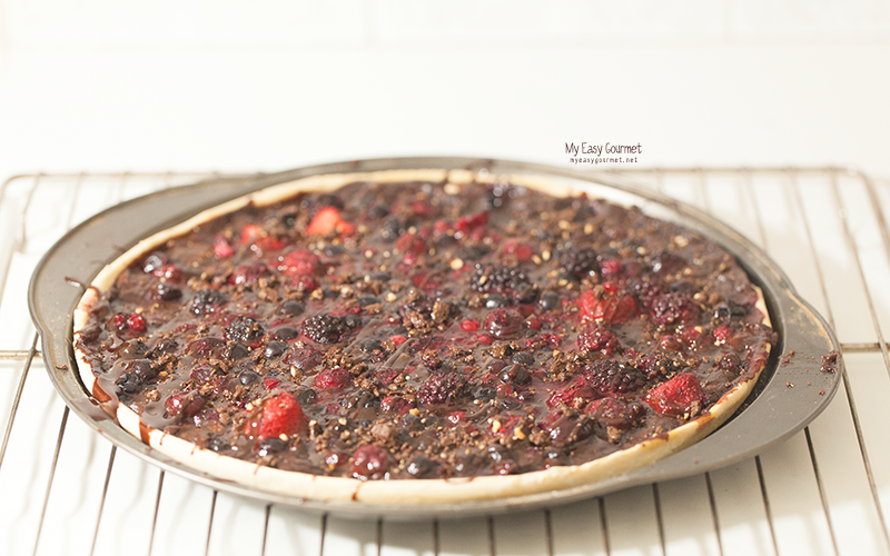 Nutella Ganache Pizza With Berries